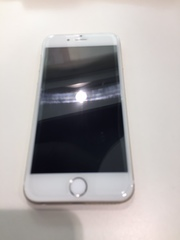 16GB gold iPhone 6 for sale - unlocked to all networks